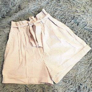 Forever21 paperbag style high waist shorts